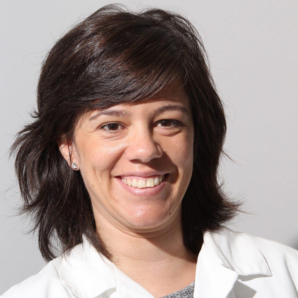 Dra. Esther Recarte